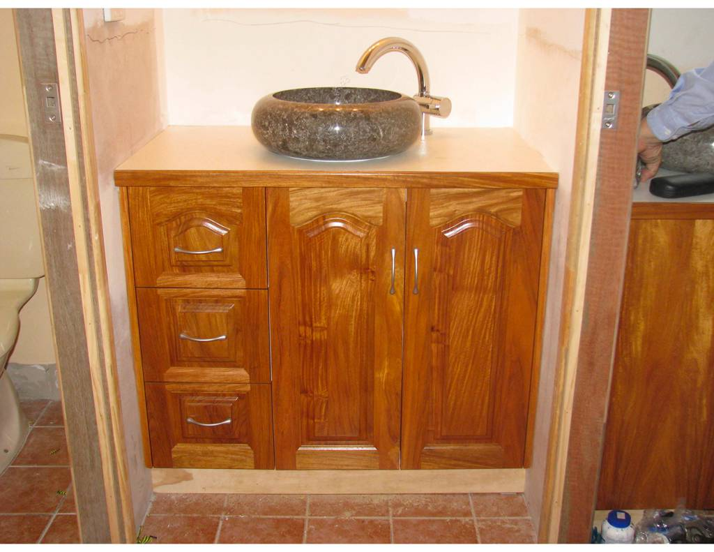 Johnny G's Custom Cabinets