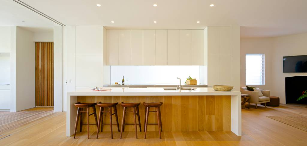 Solid Kitchens n Cabinets