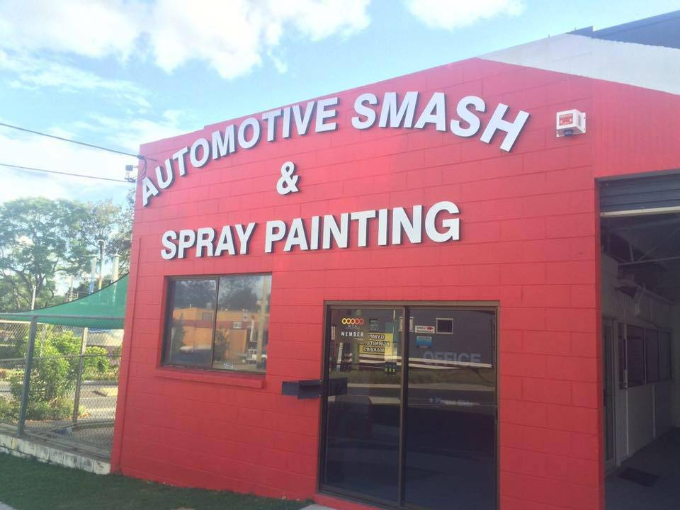 Automotive Smash Repairs  Spray Painting