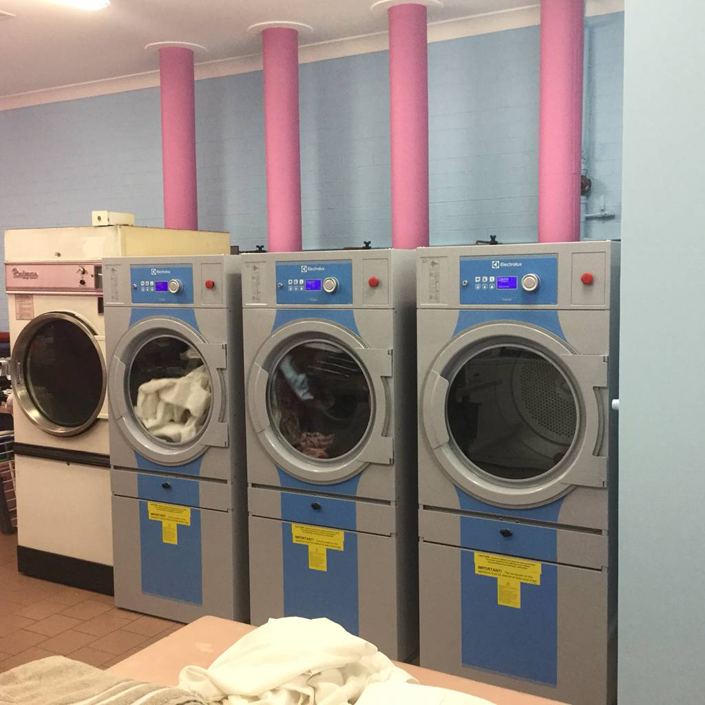 White & Bright Laundrette